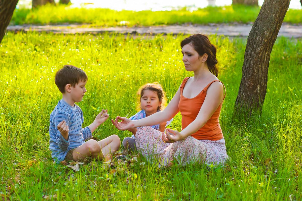 Мама дочь и сын онлайн